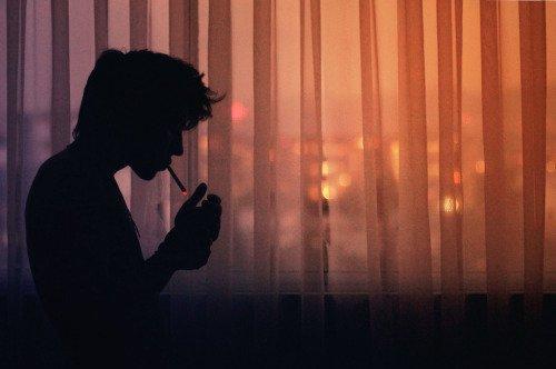 """""""Depuis toi je marche seul sans savoir où je vais.... Je fais semblant d'aller mieux, d'avoir tourner la page."""" -  Slimane - Adieu"""