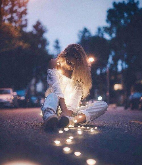 """""""Nous ne sommes jamais aussi mal protégés contre la souffrance que lorsque nous aimons."""" - Freud"""