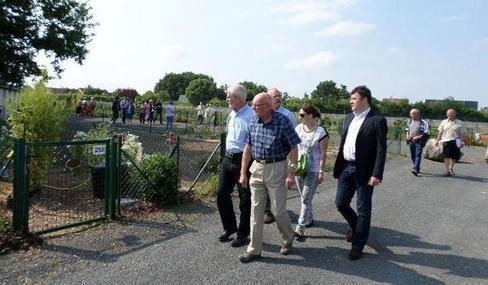 Environnement Indre-et-Loire - Joué-lès-Tours - Environnement Jardins ouvriers et familiaux pour cultiver le bonheur  16/06/2014 05:38