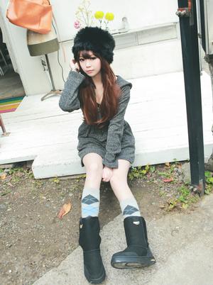Seo Ji Hye ~   Catégorie : ULZZANG................. Images n° : 6.............. Age : 20 YO. Taille : 162 CM. Poids : 44 KG. Plus :  EN COUPLE AVEC SHIN HO SEOK.