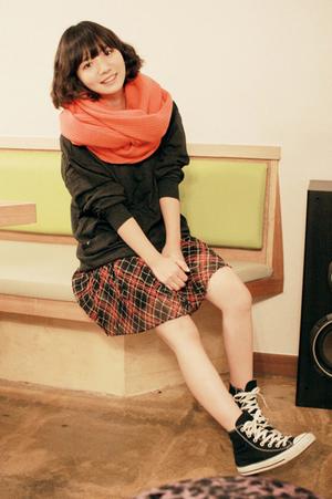 Baek Jae Ah ~   Catégorie : ULZZANG.............. Images n° : 36.................. Age : 22 YO. Taille : 161 CM. Poids : ? Plus :  PEAU TRANSLUCIDE SANS MAQUILLAGE.