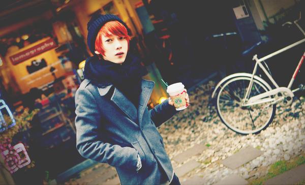 Park Hyeong Seok - Coup de coeur ♥   Catégorie : UHLJJANG. Images n° : 81. .Age : 20 YO. Taille : 172 CM. Poids : ? Plus :  IL A DEUX TATOUAGES.
