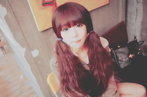 Kim Da Hyeon ♥   Catégorie : ULZZANG.......... Images n° : 92.......... Age : 19 YO. Taille : ? Poids : ? Plus : ELLE EST AMIE AVEC LEE GEUM HEE.