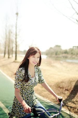 Park Hwan Hee ~   Catégorie : ULZZANG. Images n° : 96. Age : 22 YO. Taille : 164 CM. Poids : ? Plus :  ELLE A UN ENFANT.
