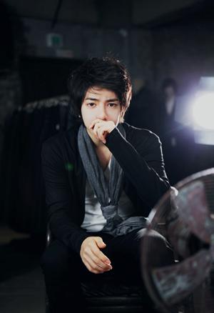 Park Tae Jun ~ coup de coeur ♥  Catégorie : UHLJJANG...... Images n° : 97. ....Age : 27 YO. Taille : 177 CM. Poids : 60 KG. Plus :  UN DES PLUS CONNUS.