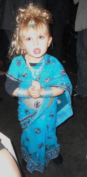 Ma petite cousine a la boda jouan antonio