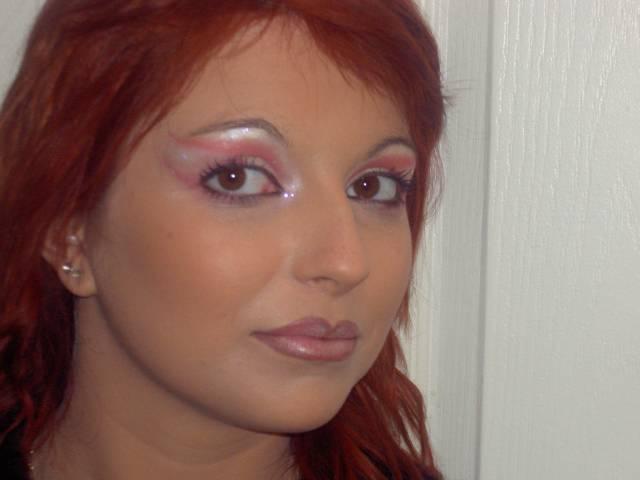 Et voici le maquillage... Trop beau...