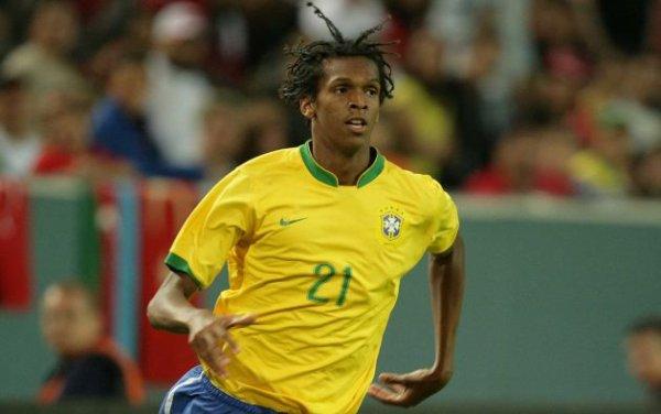 Amical : Brésil - France : Jô remplace Damiao