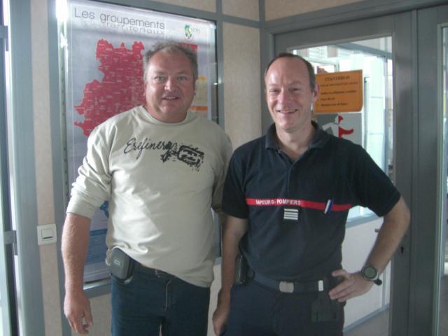 Le capitaine Issenmann et le Commandant des Pompiers de LYON