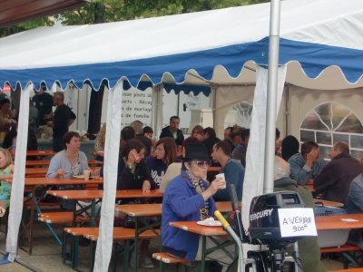 MACHE aux PUCES  et FETE du NAUTISME  du 15 mai 2011