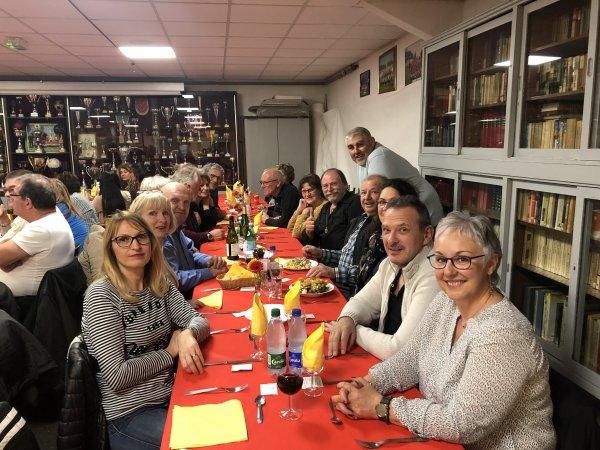 SOIREE PAELLA avec quelques membres du club le 22 fevrier