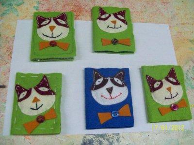 POCHETE FEUTRINE   (pour mettre carte bancaire ou autres cartes) fait en atelier(Monique)