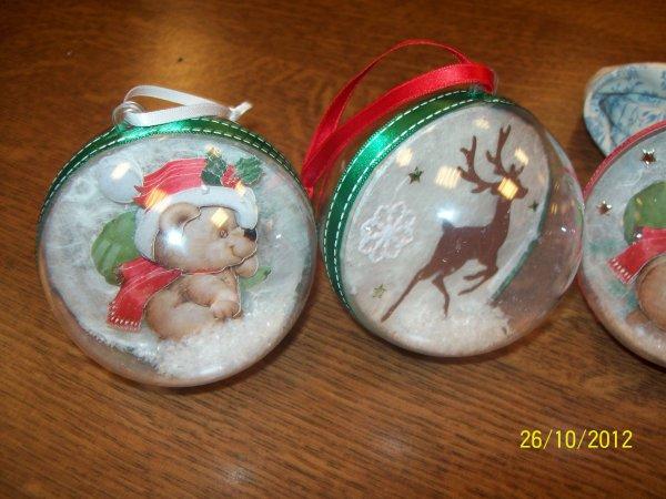 Boules de Noel fait en atelier