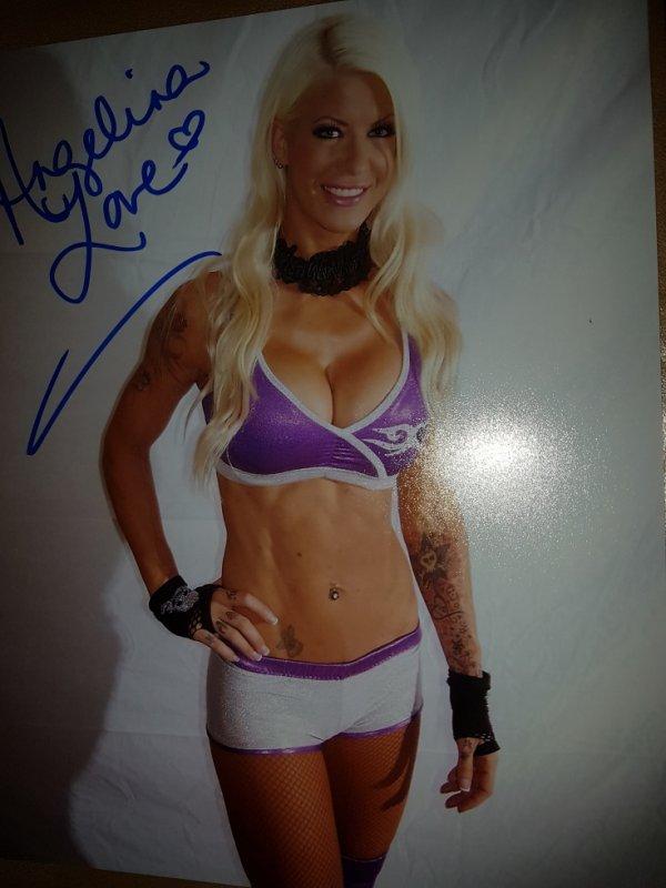 Angelina Love (Wrestler)