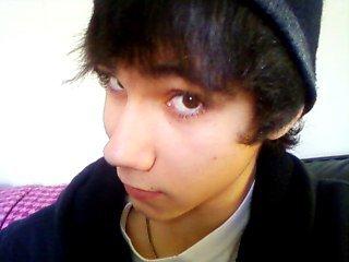 Moi ,  à moitié Emo xD