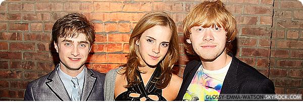 DIVERS⎪CANDIDS⎪EVENTS⎪PROJETS⎪MAGAZINE.__________- Posté le 20 octobre 2013 par Glossy-Emma-Watson.__________-