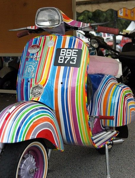 PHOTOS ET IMAGES DE VESPA Offertes par CHRIS 3/4