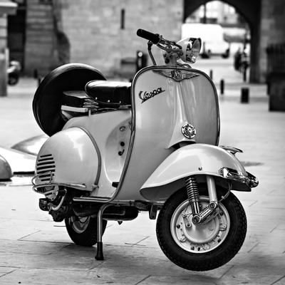 PHOTOS DE VESPA OFFERTES PAR CHRIS - 1/3