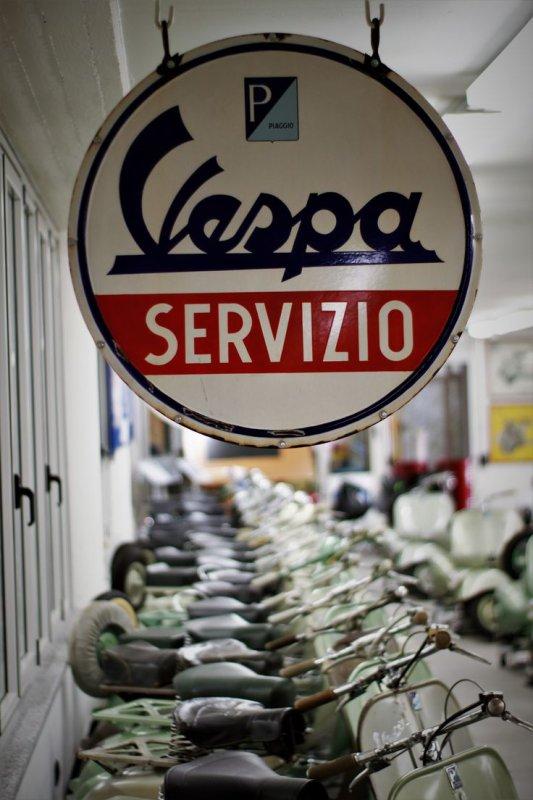 PHOTOS DIVERSES & VARIÉES DE VESPA... 1/2 (OFFERTES PAR CHRIS75113)