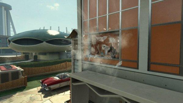 Explosion d'une fenêtre sur NUKETOWN 2025