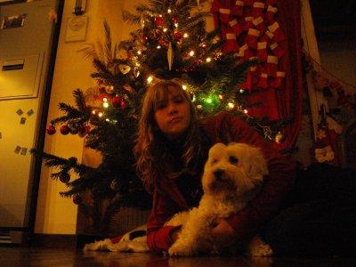 C'est bientot noël alors encore plus de tof et celle ci c'est moii et mon chien