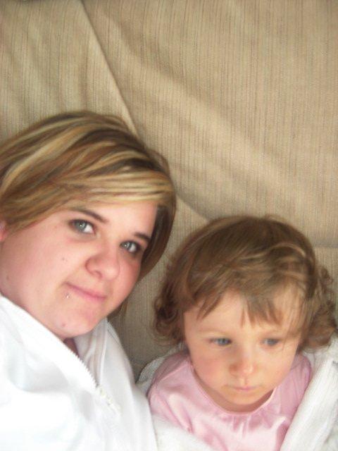 Ma filleule et sa marraine a merlimont :p