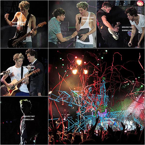 . 27.02.13 : Les One Direction ont fait leurs quatrième concert pour le THMT à Glasgow en Ecosse. .