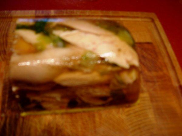 Terrine de Poulet au foie gras mi-cuit