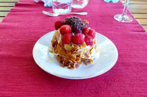 Petit gâteau léger fraises framboises