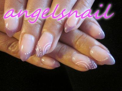 pose gel couleur mauve translucide plus deco gel rose et blanc ; )
