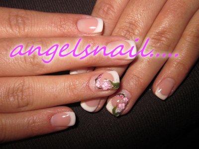 pose gel essai deco orchidée a la peinture rose et blanche : )