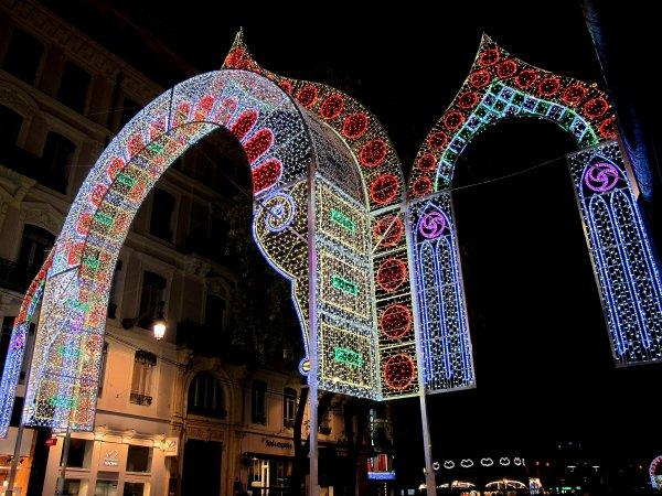 A2178 : Fête des Lumières à Lyon, déjà le grand rush ! (1)