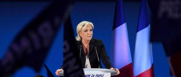 A2048 : Mensonges et censure au menu du Front National