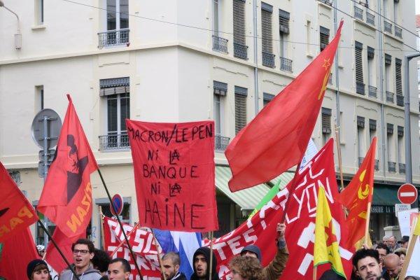 A2049 : Grosse manif du 1er Mai à Lyon !