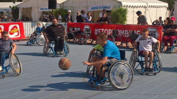A2069 : Handicap International cherche 1 000 000 de signatures !