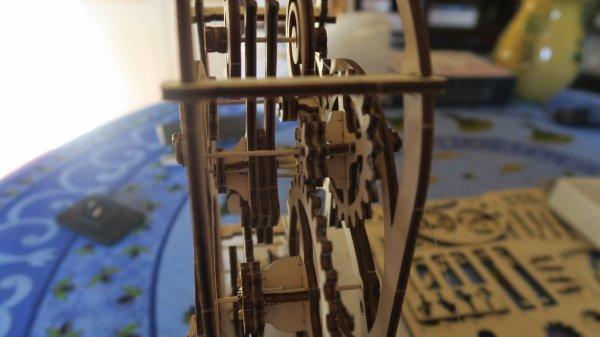 A2088 : Une horloge en bois !!!