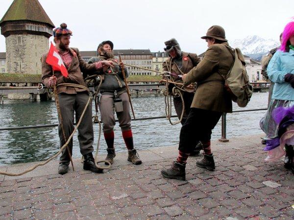 A2119 : C'est aujourd'hui la fête nationale en Suisse (1er août) !