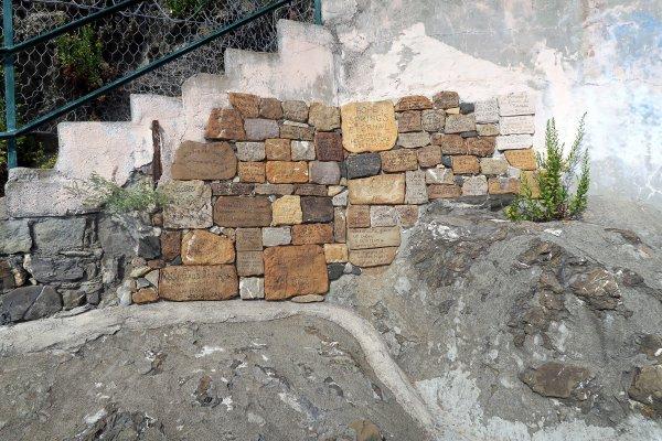 A2136 : Monterosso et Vernazza, au coeur du Golfe des Poètes