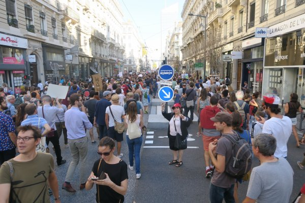 A2137 : Grosse manif pour le climat à Lyon !