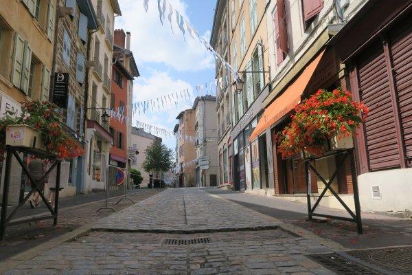 A2292 : Le Puy-en-Velay, chef-lieu de la Haute-Loire, au coeur des volcans d'Auvergne (1)