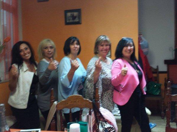 moi et mes soeurs que j aime bcp