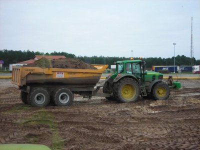 Chantier TP , claas axion 810 , JD 7830 et 7530