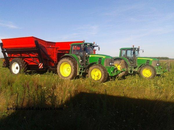 Maïs doux avec John Deere 7530, 6930, 6630 et les deux Oxbo