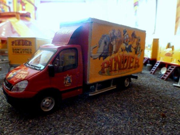 Convoi monteur cirque Pinder