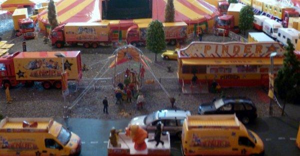 Façade Maquette cirque Pinder