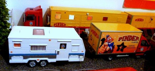 Nouvelle caravane du cirque Pinder