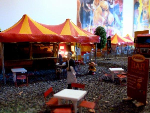 Nouvelle tente bar cirque pinder