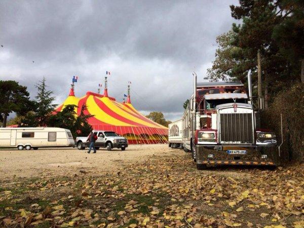 Arrivée du Géant des cirques ce matin dans la capitale!!