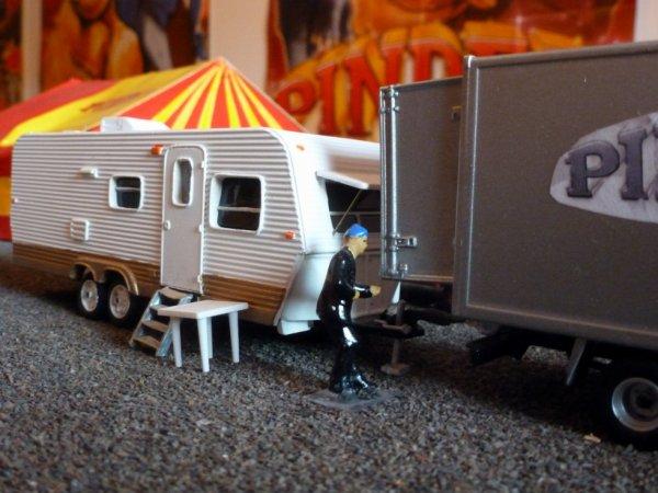 Caravane maquette cirque Pinder