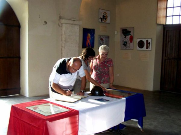 ART MILITAIRE : VERNISSAGE SALLE SAINT JACQUES
